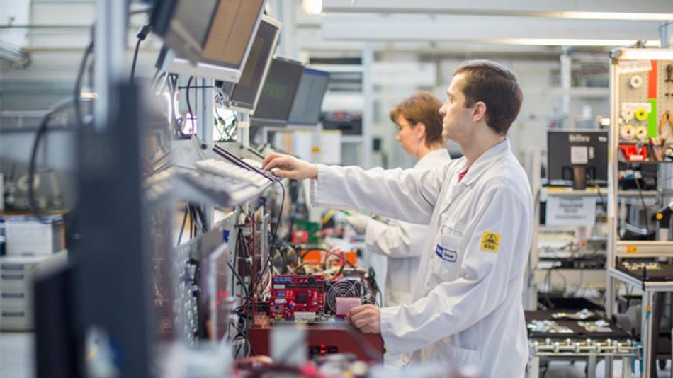 Reparaturen und Nacharbeiten sorgten für eine deutliche Umsatzsteigerung bei der BMK electronic services GmbH.