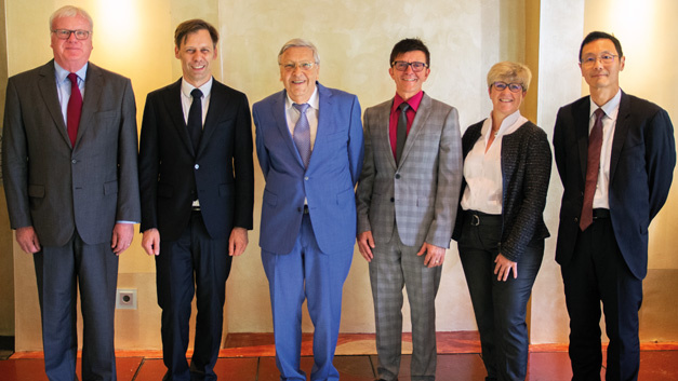 Der neue Aufsichtsrat der Schweizer Electronic AG (von links nach rechts) Michael Kowalski, Dr. Stephan Zizala (stellvertretender Vorsitzender), Christoph Schweizer (Vorsitzender), Jürgen Kammerer, Petra Gaiselmann, Chris Wu.