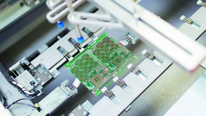 Weltweit Nummer 1 für HighTech-Leiterplatten