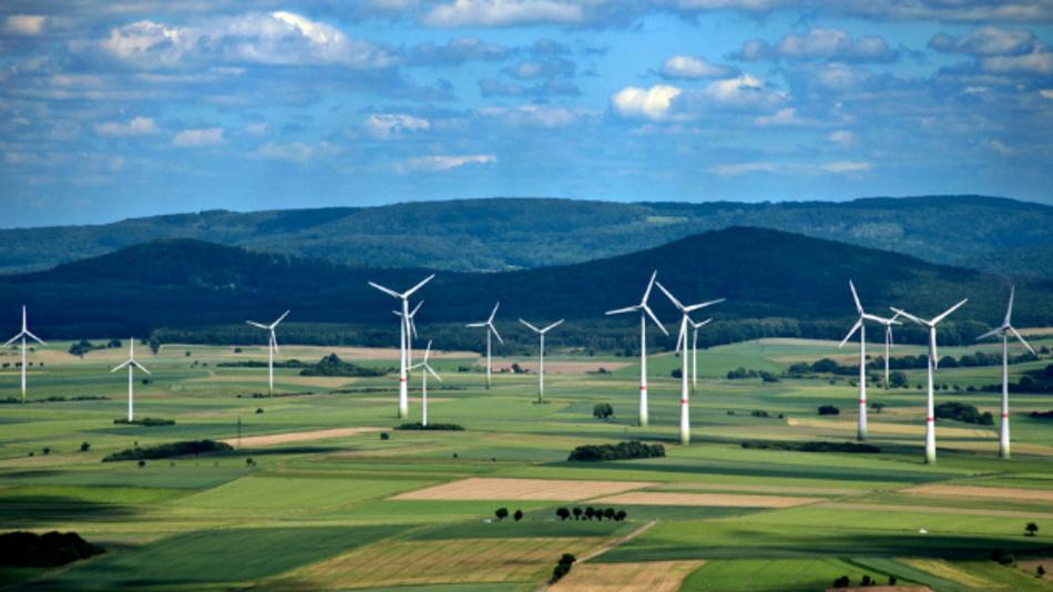 Windparks sind eine tragende Säule der Energiewende. Der Windatlas soll bei der Standortwahl helfen.