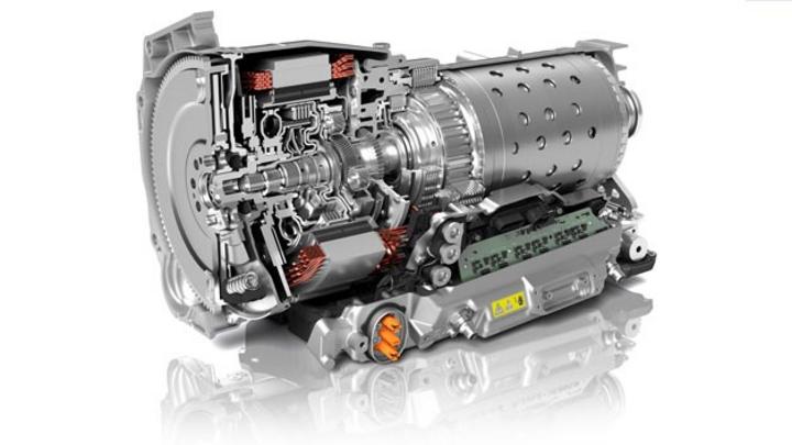 ZF liefert künftig das 8HP für sämtliche Fahrzeuge von Fiat Chrysler mit Heckantrieb und Allradantrieb in der Front-Längs-Bauweise.