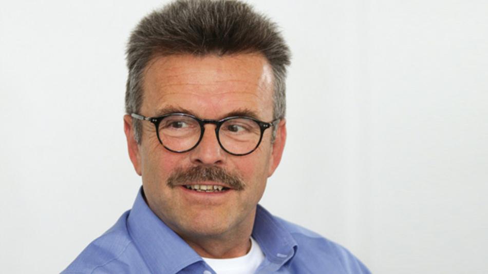 Thomas Rothhaupt, Inova Semiconductors  »Ungefähr 50 Prozent  der Verkabelungsstrecken, über die 100-MBit/s-Ethernet läuft,  sind nicht UTP-Kabel, sondern geschirmte Kabel.«