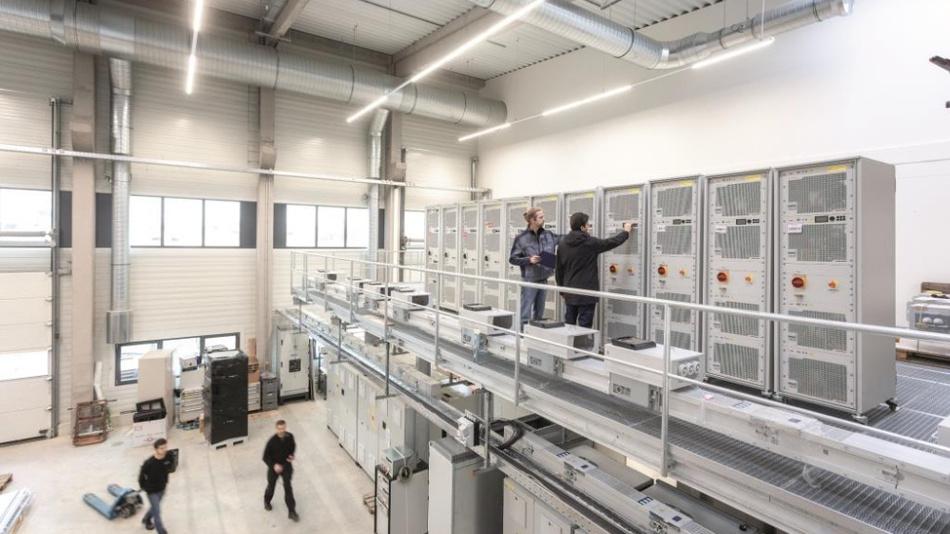 Im Multi-Megawatt-Labor werden Komponenten und Systeme bis 10 MVA getestet.