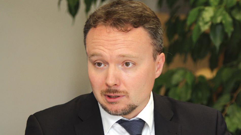 Francois Perraud, Panasonic Industry  »Wir werden Anfang nächsten Jahres einen 650-V-GaN-Leistungshalbleiter mit 35mΩ Einschaltwiderstand auf den Markt bringen. Noch im Prototypen- stadium befindet sich derzeit ein bidirektionaler GaN-Leistungshalbleiter.«