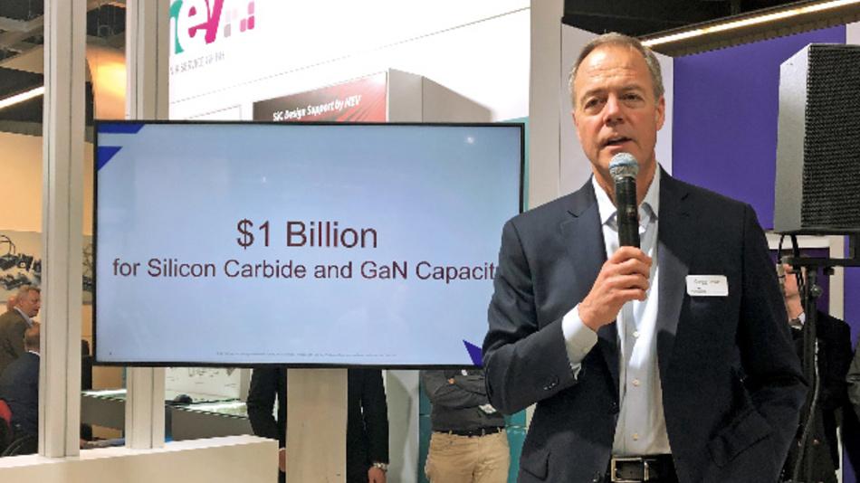 Auf der PCIM Europe 2019 verkündete Gregg Lowe, dass Cree eine Milliarde US-Dollar in die Produktionskapazität von SiC und GaN investieren werde.