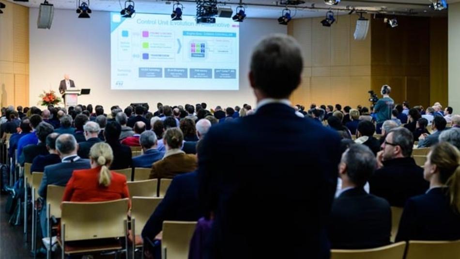Keynote-Vortrag von Jean-Marc Chery, STMicroelectronics, auf der embedded world Conference 2019.
