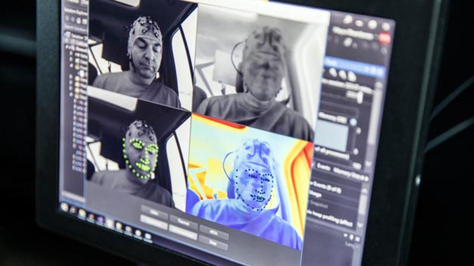 Human Centered Development: ZF und Neurotechnologen der Universität des Saarlandes entwickeln mit künstlicher Intelligenz präventive Fahrstile, die der Reisekrankheit entgegenwirken können.