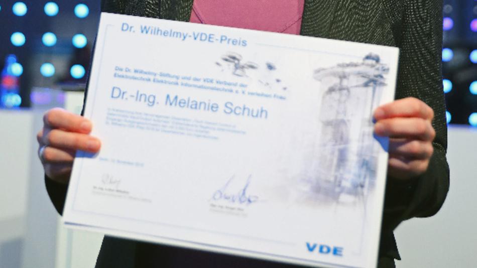 Bewerberinnen können ihre Dissertation bis zum 31. März 2020 beim Ausschuss Elektroingenieurinnen im VDE einreichen.