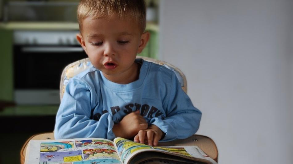 Neue Lernmethode entdeckt: Mit einer App lernen Kinder Lesen.