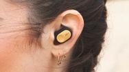 Die neuen Bluetooth In Ear Buds von The House of Marley sind zum 31. Juli 2019 zu einem Preis von 149,99 Euro (UVP) im Handel erhältlich.