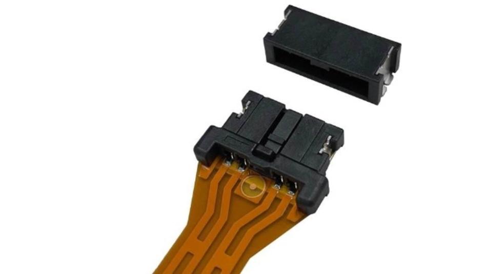 Mit dem CF1-Steckverbinder verspricht Panasonic mehr Platz in Automotive-Anwendungen.