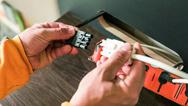 Die Verkabelung von plug + go setzt auf das Prinzip der Steck-Installation. Das führt zu einem schnell und sicher installierten System.