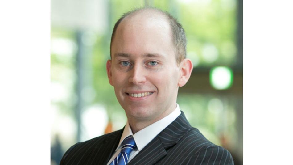 Jason Hall ist bei Renesas Electronics seit 1. August 2019 als Senior Vice President und CLO verantwortlich für die Bereiche Recht, Intellectual Property, Beschaffung und Informationstechnik.
