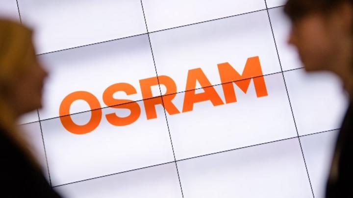 Der angeschlagene Lichtkonzern Osram ist im dritten Quartal wegen der weiterhin schwachen Automärkte sowie Umbaukosten in die Verlustzone gerutscht