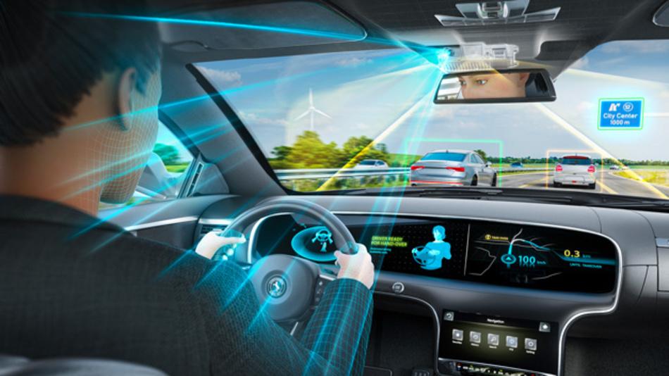 Die »Road AND Driver«-Kamera ist eine Systemlösung zur sicheren Übergabe der Fahrverantwortung beim automatisierten Fahren.