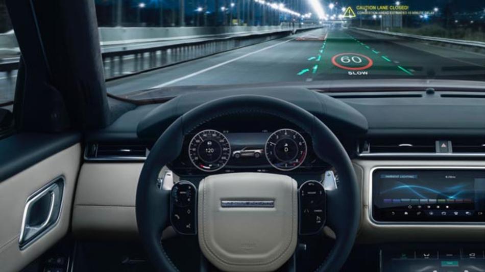 Frühwarnung mit Augmented Reality verkürzt Reaktionszeiten des Fahrers auf potenzielle Gefahrensituationen. Daher arbeitet Jaguar Land Rover an 3D-Head-Up-Displays.