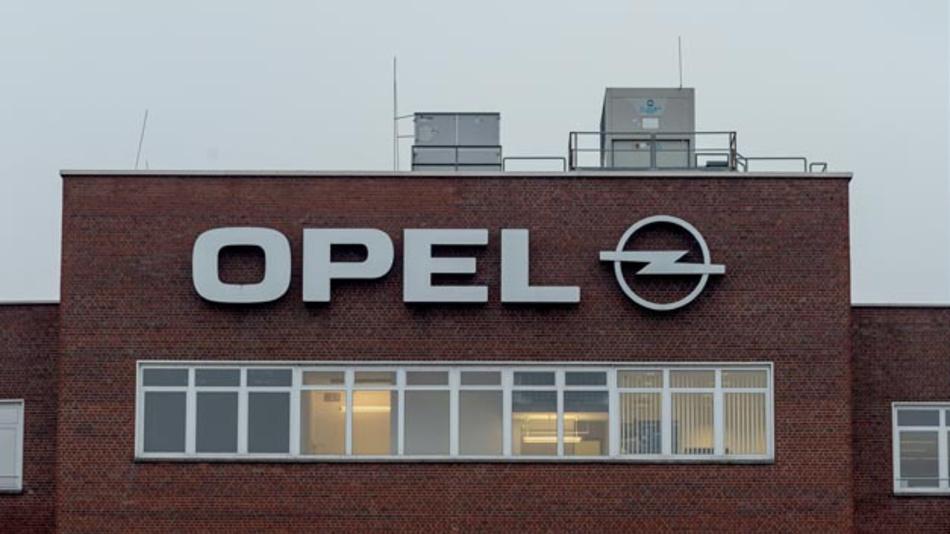 Den Beschäftigten von Opel in Rüsselsheim droht in Zukunft monatelang Kurzarbeit.