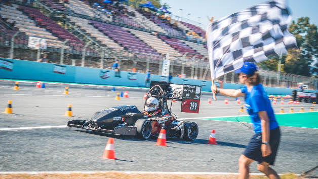 Finish in Barcelona: Karlsruhe University of Applied Sciences wins Formula Student Spain.