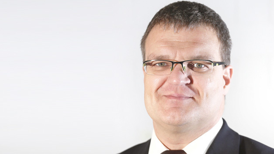 Markus Geßner, Emil Otto  »Immer mehr Hersteller fordern einen Nachweis, dass sowohl entsprechende  Reinigungsmedien für das Equipment als auch für die Baugruppe keine ionische Verunreinigungen einschleppen.«