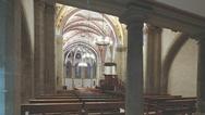 Da bei der Erneuerung der Lichtanlage die historische Bausubstanz der Kirche erhalten werden musste, konnten keine neuen Strom- oder Datenleitungen verlegt werden.