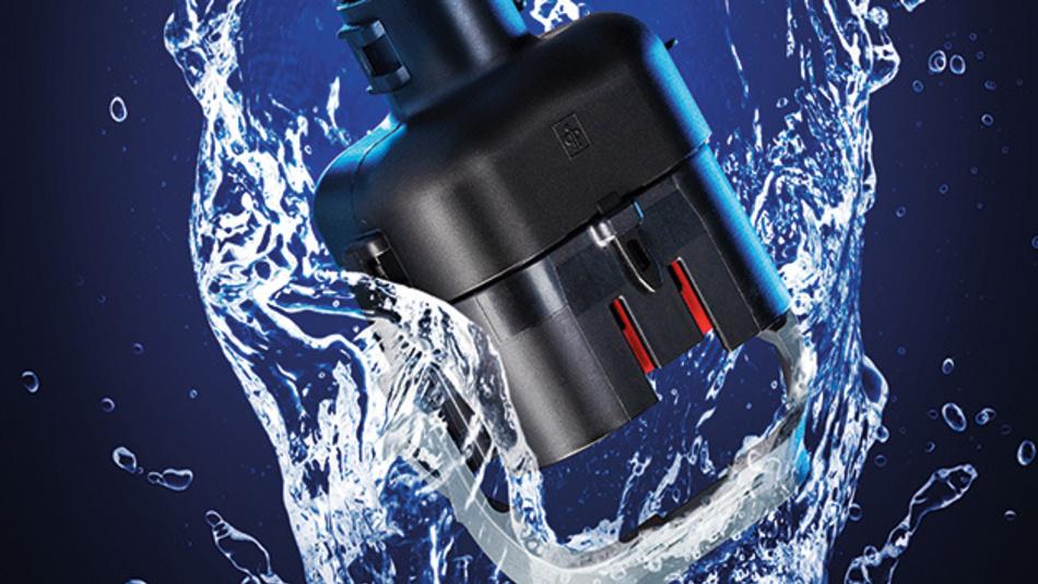 Dank einer eigenen Schutzart-Prüfkammer kann der Kunststoffspezialist Pöppelmann K-TECH die Wasserdichtigkeit nach IP-Schutzarten direkt überprüfen.