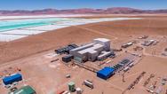 Ein Werk zur Lithiumgewinnung in Argentinien zu sehen.