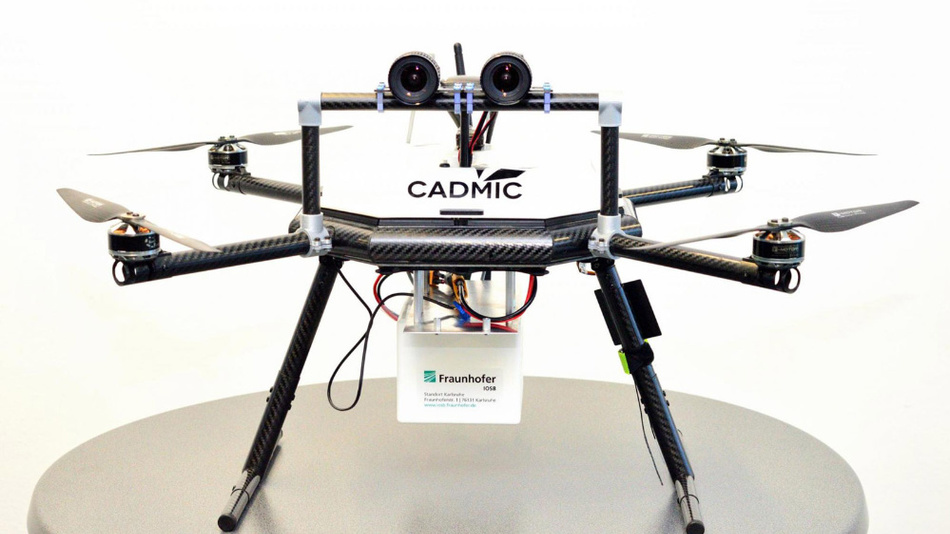 The embedded system, which evaluates the real-time images and recognizes obstacles, sits in the white box of the drone.