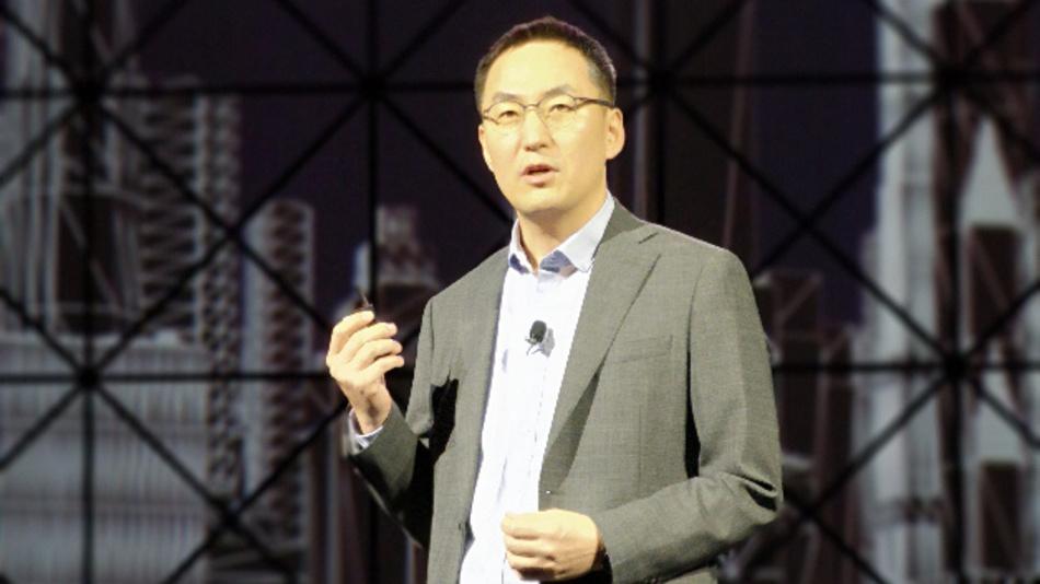 Wonil Roh, VP der Produktstrategie von Samsung Networks: »Samsung konzentriert sich auf Massive Multiple-Input-, Multiple-Output- (mMIMO) und Millimeterwellen- Systeme (mmWave) für 5G.« Dabei setzen die Koreaner die Xilinx UltraScale+ Plattform ein.