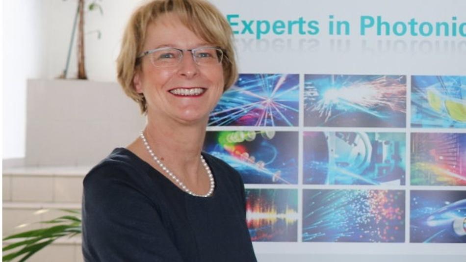 Dr. Katrin Kobe, Laser 2000