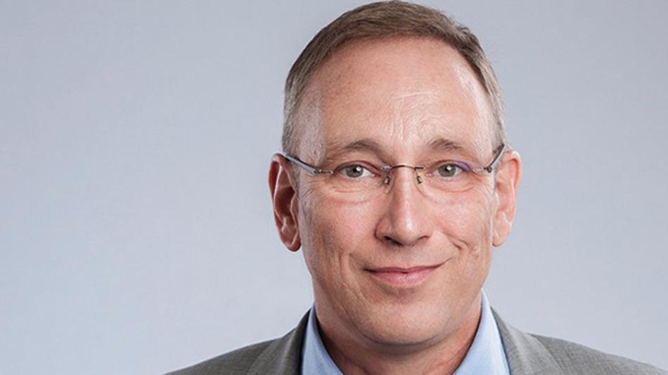 """Andreas Falke, FBDi  """"Trotz aller Prognosen sollten wir nicht nur schwarz sehen.  Auch wenn die Wirtschaft gebremst wird, ist die Innovationskraft nicht gestoppt, sondern wird im Gegenteil mit anderen Schwerpunkten wieder Fahrt aufnehmen."""""""