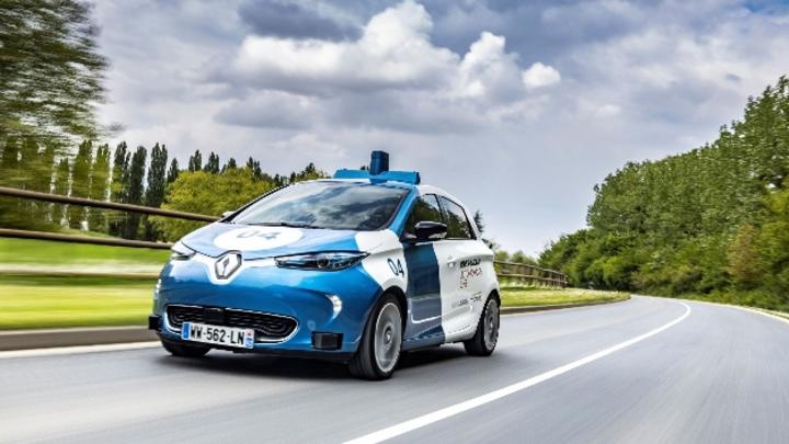 Ridesharing-Feldversuch von Renault in Paris mit zwei autonomen Zoe Robo-Taxis