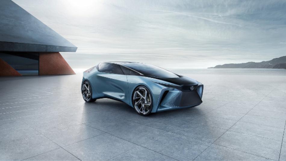 Das LF-30 Electrified Concept stellt Lexus auf der Tokio Motor Show vor. Den Flügeltürer mit neu gestaltetem Cockpit treiben Radnabenmotoren an.