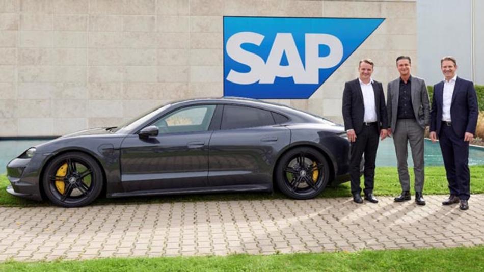 Christian Klein, Co-CEO, SAP SE, Lutz Meschke, stv. Vorstandsvorsitzender und Vorstand Finanzen und IT, Porsche AG, Dr. Daniel Holz, Geschäftsführer der SAP Deutschland SE & Co. KG