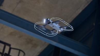 ROBi ist mit einer lichtstarken RGB-Kamera mit einer Auflösung von 12 MPixel ausgestattet.