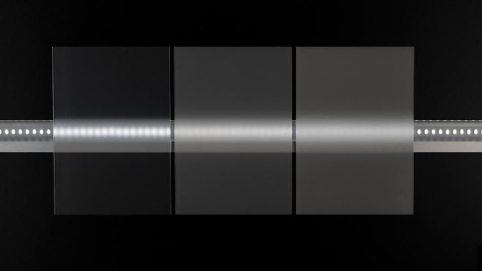 In Diffusoren von LED-Leuchten ermöglichen neue Polycarbonat-Diffusortypen der Reihe Makrolon DQ eine um bis zu zehn Prozent höhere Lichttransmission bei gleicher Diffusorwirkung.