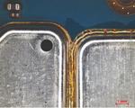 Links: Originalblech ohne Rework, rechts: durch Rework getauchtes Blech