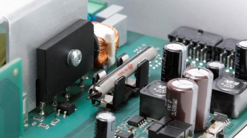 Die E-Bulb ist eine Sicherung mit Löschmittel. Bei Überschreiten der Auslösetemperatur erstickt das Löschmittel ein entstehendes Feuer.