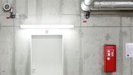 Aufgrund der Bewegungserkennung eignet sich die LED-Röhre für Anwendungen wie Lagerräume, Korridore oder Treppen- und Parkhäuser.