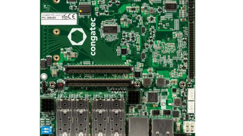 Bild 2a.  Zwei Carrierboards für leistungsfähige 100-W-Server-Designs: Das »conga-STX7/Carrier« für kleine Boxsysteme...