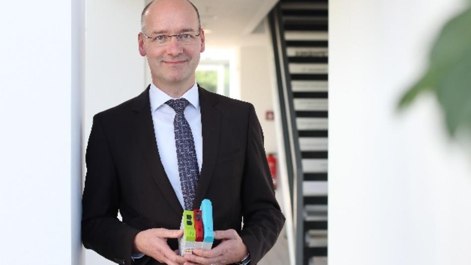 Dr. Thomas Beier: »Auf der Hannover Messe, im April 2020, werden wir erstmals ein Gehäuse mit bereits integriertem Kühlköpersystem präsentieren.«