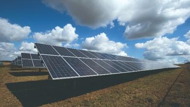 Große Solar-Investitionen in den USA wurden durch den baden-württembergischen Spezialisten für Solarparks und Solar-Investments hep getätigt.