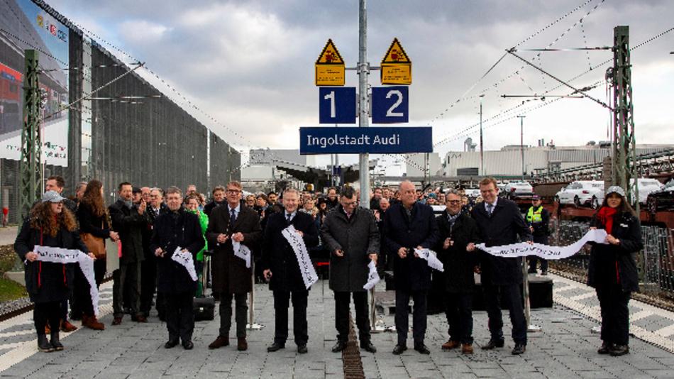 Die offizielle Eröffnung des Bahnhalts fand am 2. Dezember 2019 mit Vertretern der Projektpartner Freistaat Bayern, Stadt Ingolstadt, Deutsche Bahn und Audi statt.
