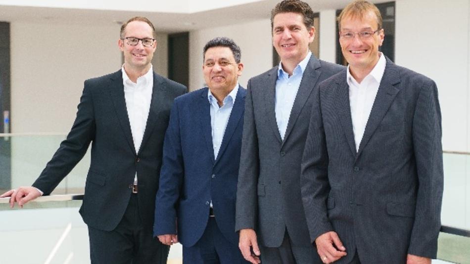 Freuen sich auf die gemeinsame Zukunft: Christian Wolf, Mohieddine Jelali, Dirk Zander und Oliver Marks (v.l.)
