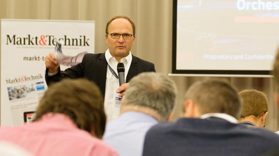 Der wissenschaftliche Beirat, Prof. Dr. Axel Sikora, Hochschule Offenburg/Hahn-Schickard, begrüßte die Teilnehmer.