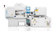 Auf der Swiss Plastics Expo produziert die PX 25 Mikro-Membranen aus LSR unter Reinraumbedingungen.