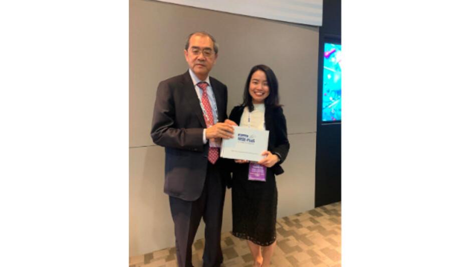 K.C. Liu, Gründer und Chairman von Advantech und Yanping Zou, Marketing und Business Development Manager bei Aaronn Eectronic, besiegelten auf Advantechs World Partner Conference in Taipeh den Ausbau der Partnerschaft ihrer Unternehmen.