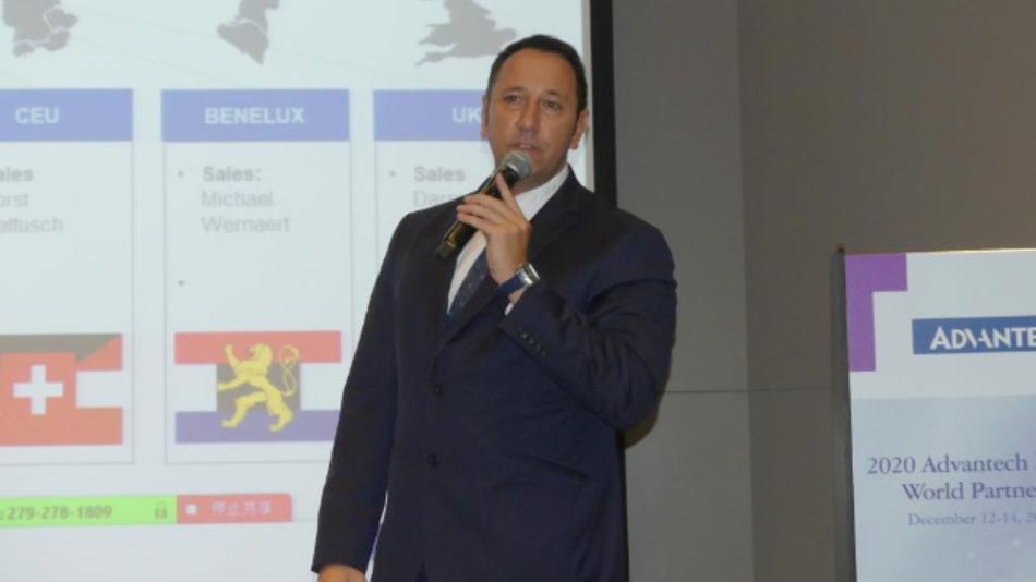 Dirk Finstel von Advantech erläutert die neue Geschäftsstrategie für Europa auf der World Partner Conference in Taipeh.