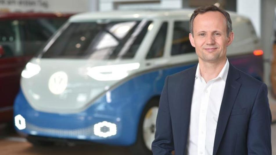 ?Mit unserem Volkswagen Autonomy Center im Silicon Valley erschlie?en wir einen der weltweit gr??ten Talentpools für autonome Technologien und vernetzen ihn mit der globalen Ausrichtung unseres Unternehmens und der Erfahrung aus acht Jahrzehnten im Automobilbau?, so Alexander Hitzinger, Gesch?ftsführer von Volkswagen Autonomy.