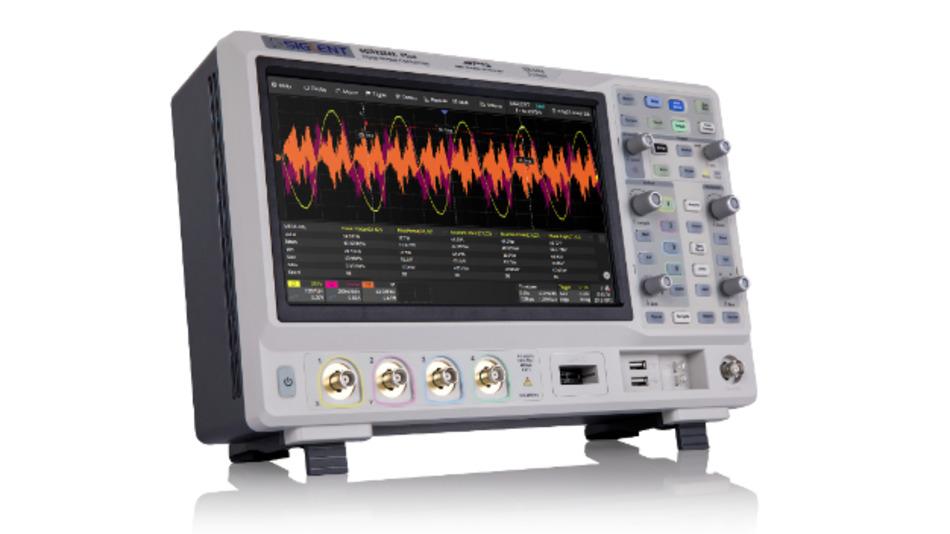 Oszilloskopserie SDS2000X Plus der Einstiegsklasse mit 10-bit-Modus und zwei unabhängigen 2 GS/s A/D-Umsetzern im Vierkanalmodell.