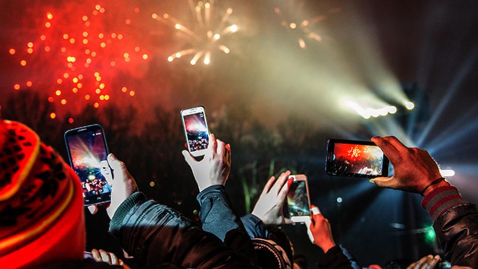 In den deutschen Mobilfunknetzen sind 2019 erneut mehr Daten verbraucht worden als je zuvor.